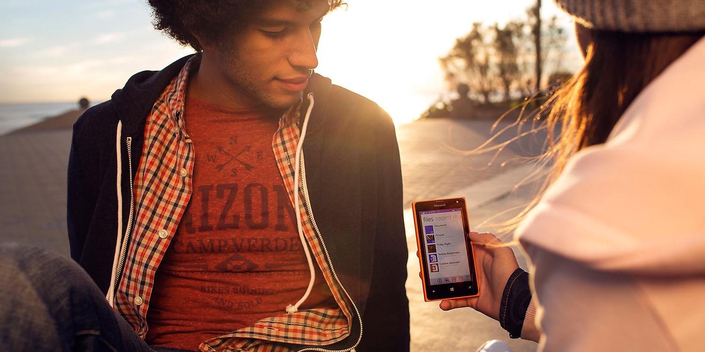 Lumia-435-DSIM-OneDrive