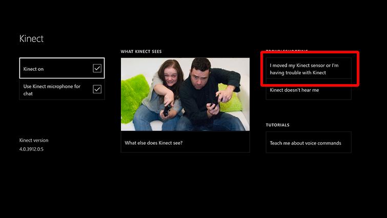 [Kinect が音声を認識していません] と [Kinect センサーを動かした、または Kinect に問題があります] の問題解決オプションと共に、[Kinect をオンにする] が表示された画面。[Kinect センサーを動かした、または Kinect に問題があります] が強調表示されています。